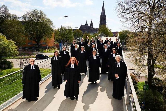 Pfarrerinnen feiern 50 Jahre Frauenordination