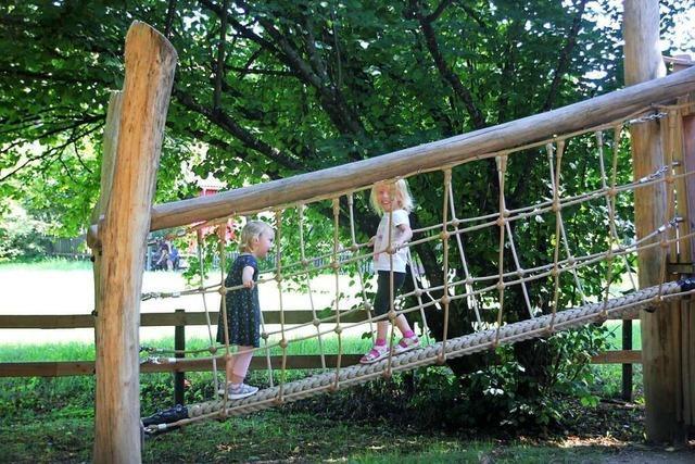 Der Maulburger Spielplatz Märzengärten ist ein ausgedehntes Kinderparadies