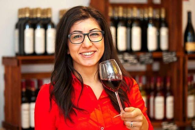 Katuna Yousuf, Sommelière der Weinmanufaktur Gengenbach