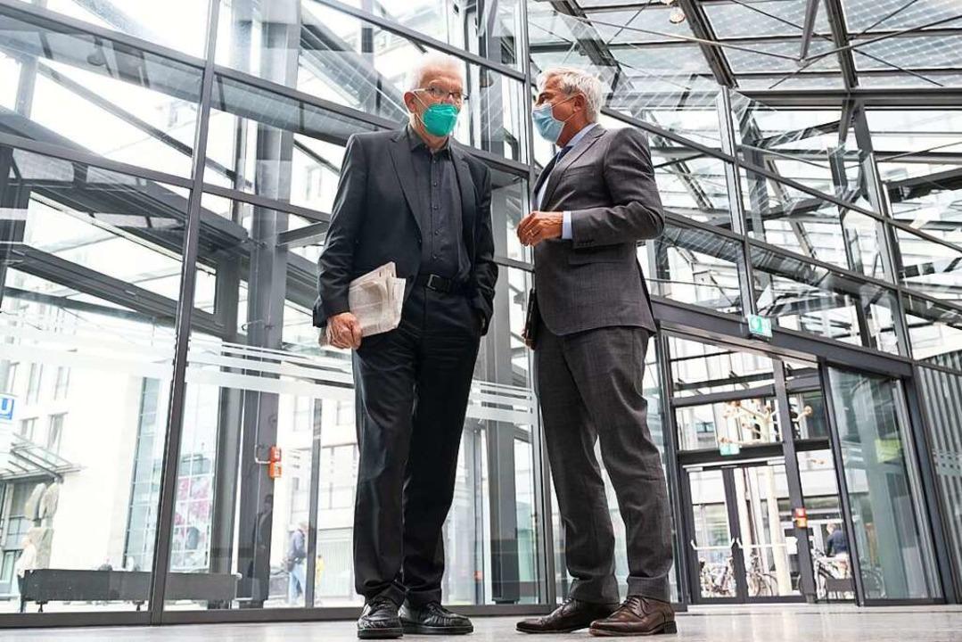 Winfried Kretschmann (l.) und Thomas S...r Koalitionsverhandlungen in Stuttgart  | Foto: Marijan Murat (dpa)