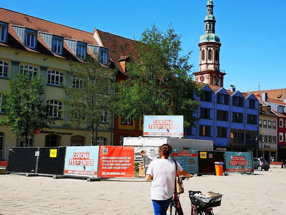 Das Testcenter auf dem Offenburger Marktplatz  | Foto: Ralf Burgmaier