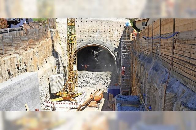 Das Westportal des Tunnels wurde jetzt geöffnet