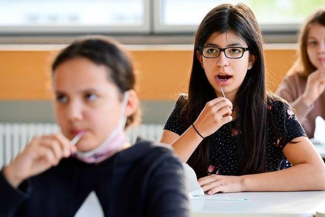 Freiburgs Schulen klagen über viel Arbeit rund ums Testen