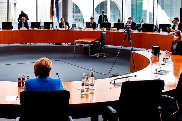 Im Wirecard-Ausschuss wird Merkels Unmut über zu Guttenberg deutlich
