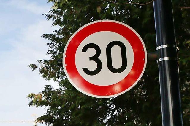 Straße oder ganze Zone mit Tempo 30 in Allmannsweier?