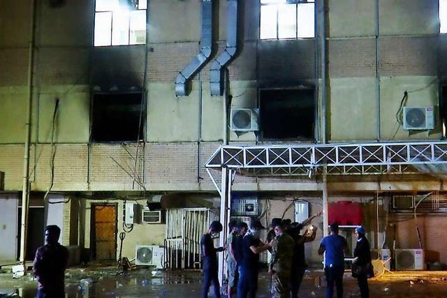 Tragödie in Bagdad: 82 Tote nach Brand in Krankenhaus