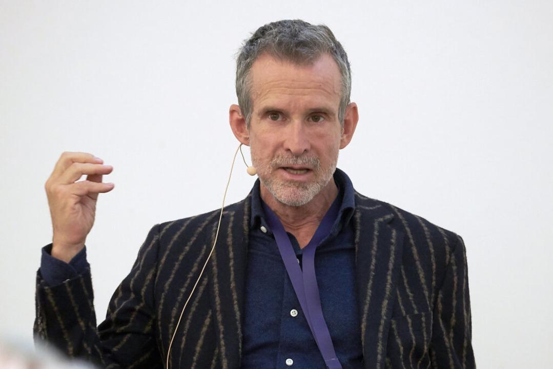 Filmakademiechef Ulrich Matthes kritisiert #allesdichtmachen  | Foto: Thomas Frey (dpa)