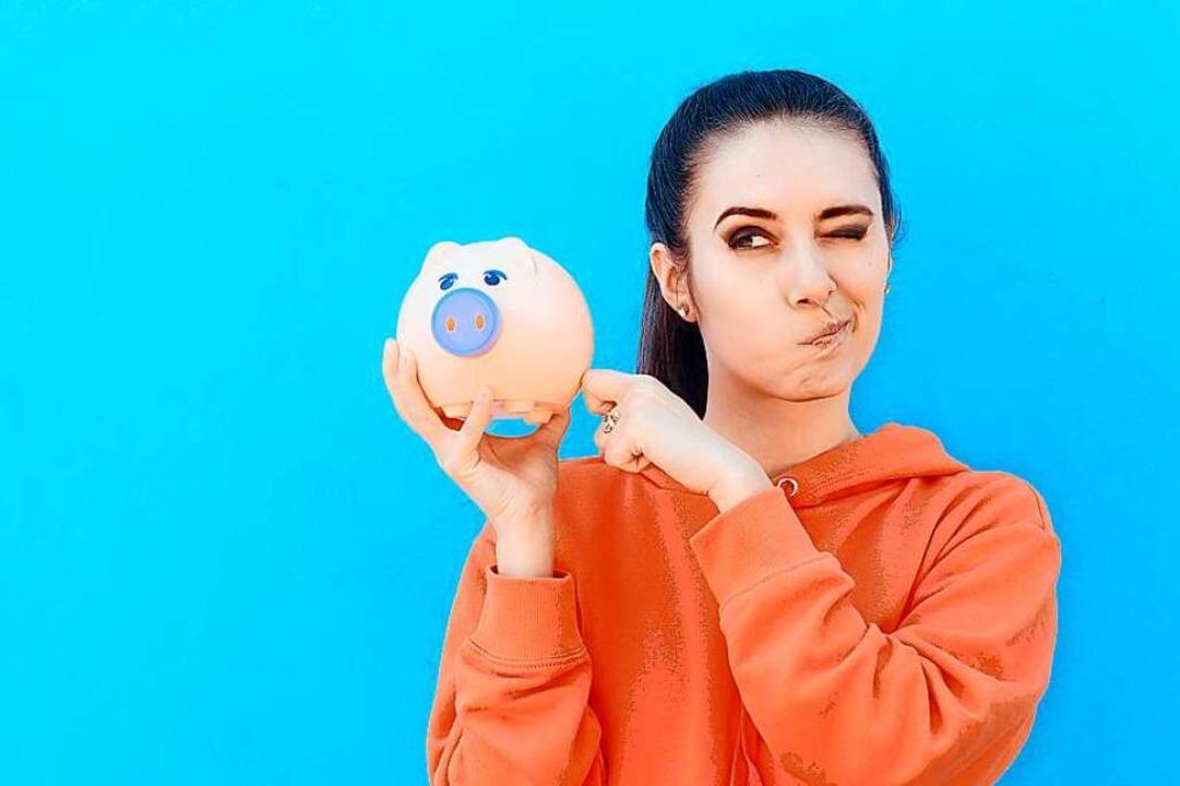 Wer hohe Summen auf Geld- oder Girokonto hat, muss dafür Strafzinsen bezahlen.  | Foto: nicoletaionescu  (stock.adobe.com)