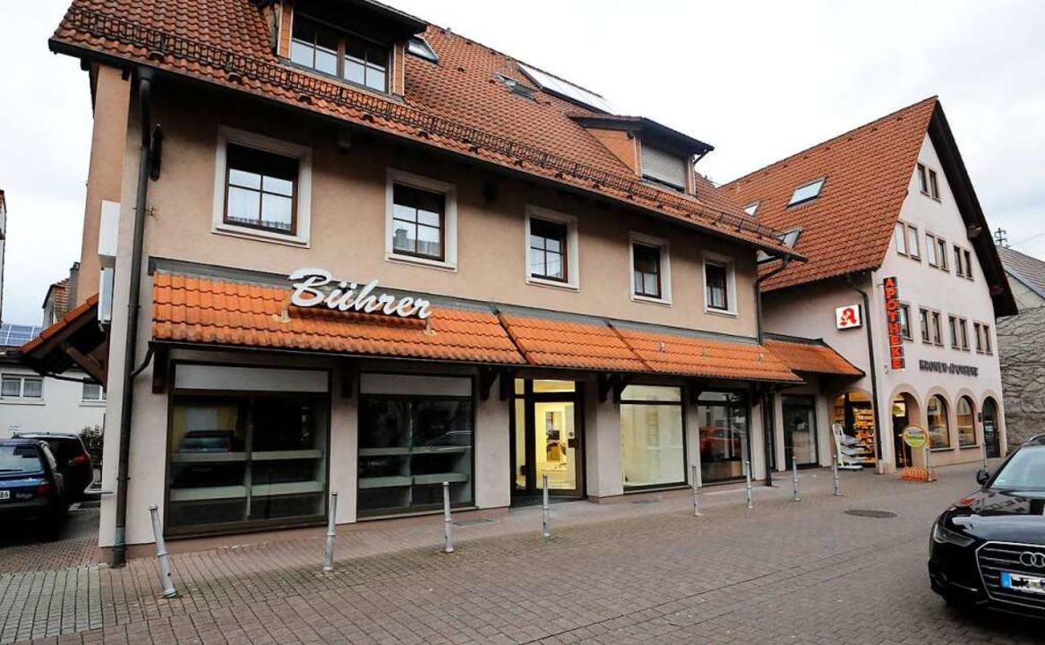 Der Kronenplatz in Teningen wurde am S...Ziel einer unangemeldeten Versammlung.  | Foto: Markus Zimmermann