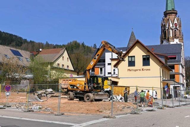 Großbaustelle verschärft in der Schönauer Innenstadt die Parkplatzsituation