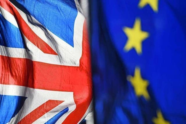 EU-Parlament stimmt Brexit-Handelsvertrag mit Großbritannien zu