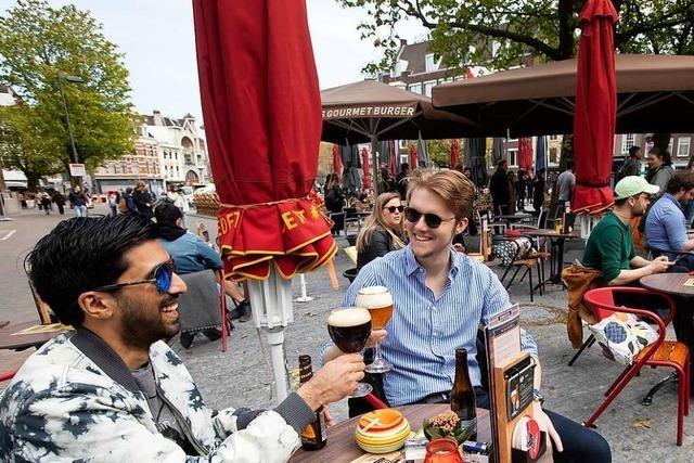 Die Niederlande öffnen Läden und Terrassen – trotz hoher Infektionszahlen