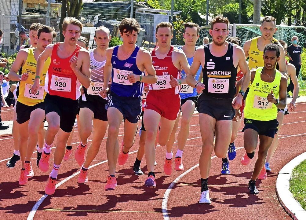 Gegen starke Konkurrenz wurde der Frei...rechts vorne) Vierter über 3000 Meter.  | Foto: Daniel Thoma