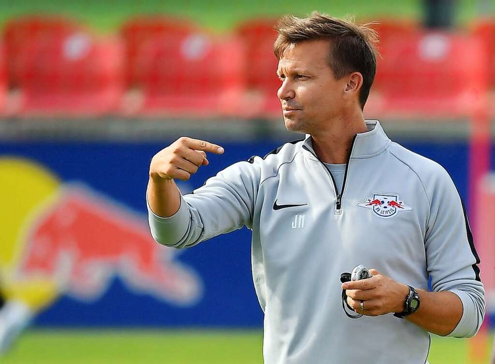 Jesse Marsch, momentan noch Coach des ...mals als Co-Trainer von Ralf Rangnick.  | Foto: Hendrik Schmidt (dpa)