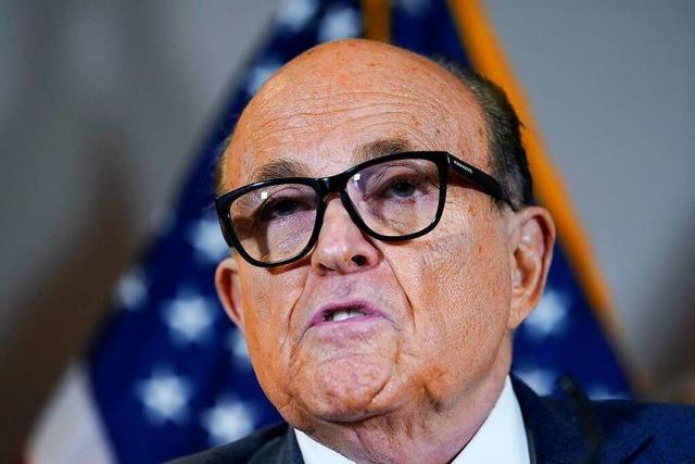 US-Ermittler durchsuchen Wohnung von Ex-Trump-Anwalt Rudy Giuliani