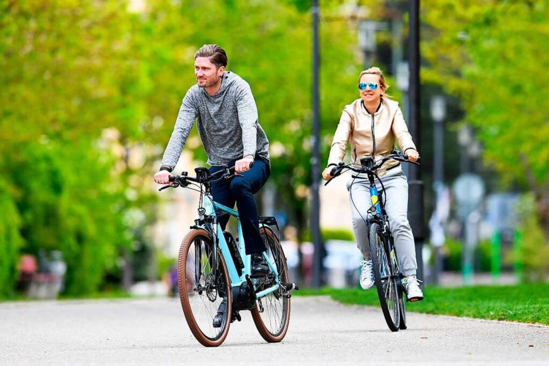 Beim Stadtradeln zählt jeder  Fahrrad-Kilometer.  | Foto: Tobias Hase (dpa)