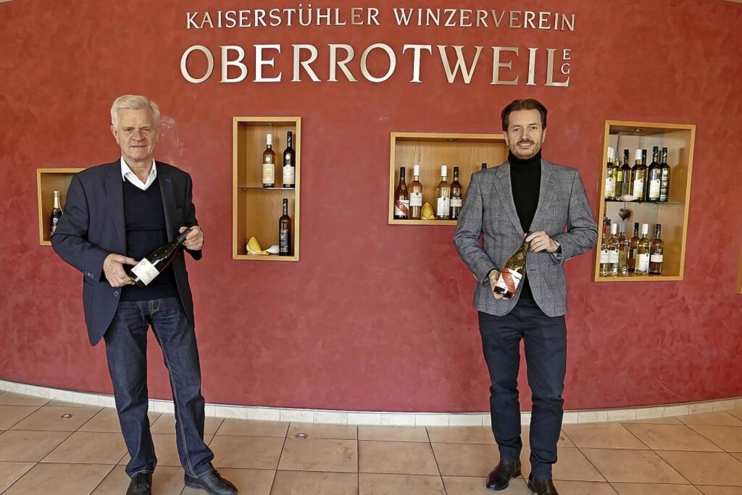 Roland Leininger (links) will die  Ges...rung bald an Jonathan Schäfer abgeben.  | Foto: Zink