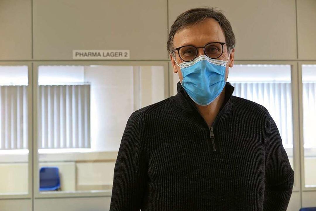 Noch immer ist der Nachschub an Impfst... sagt der Müllheimer Arzt Bernd Gugel.  | Foto: Dorothee Philipp