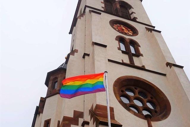 Regenbogenflaggen sollen zeigen: