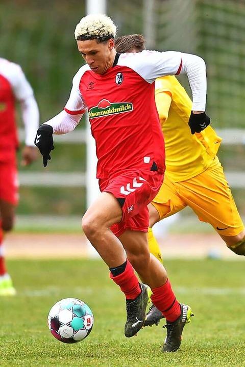 Voll trainiert: Nishan Burkart ist für... Freiburg II am Wochenende wieder fit.  | Foto: Achim Keller
