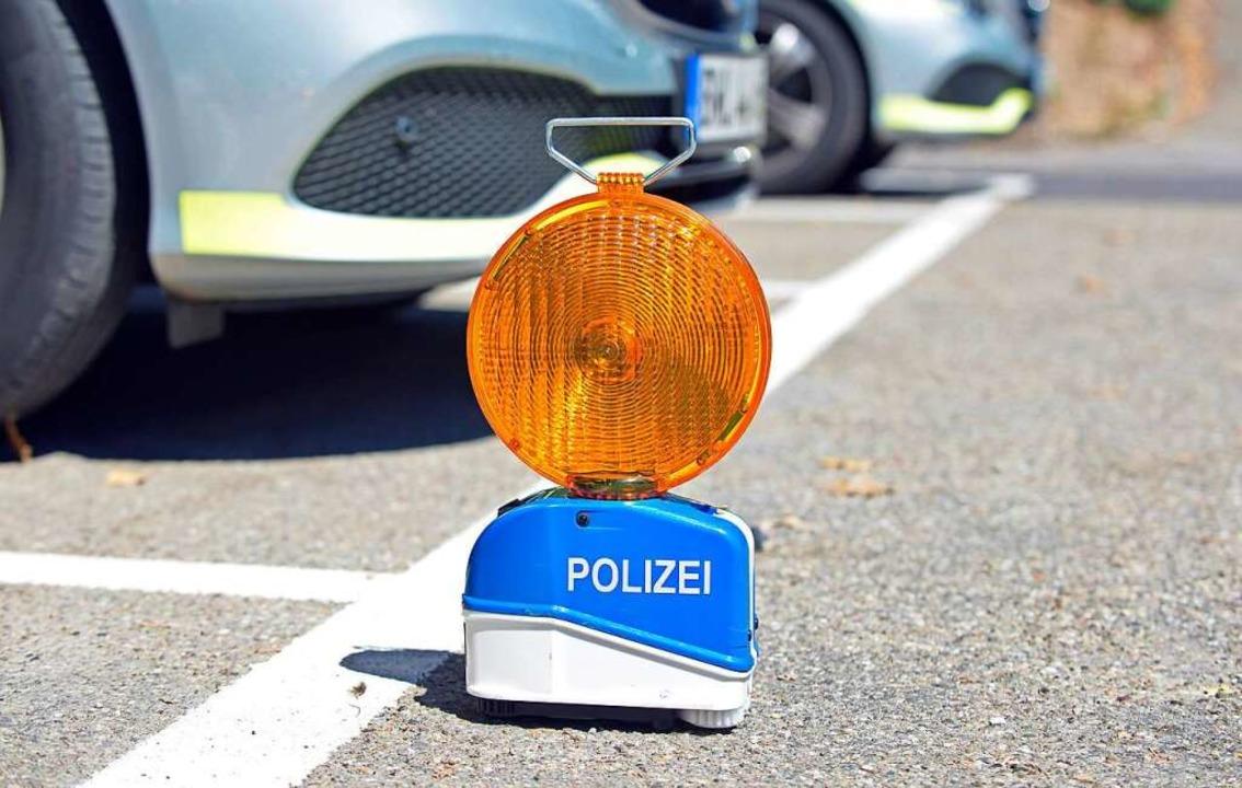 Die Autofahrerin hatte den Fußgänger übersehen (Symbolfoto).  | Foto: Michael Bamberger