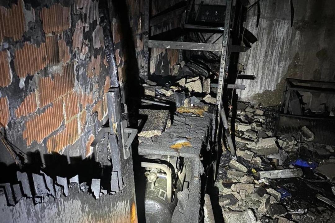 Es entstand hoher Sachschaden.  | Foto: Feuerwehr Gottenheim