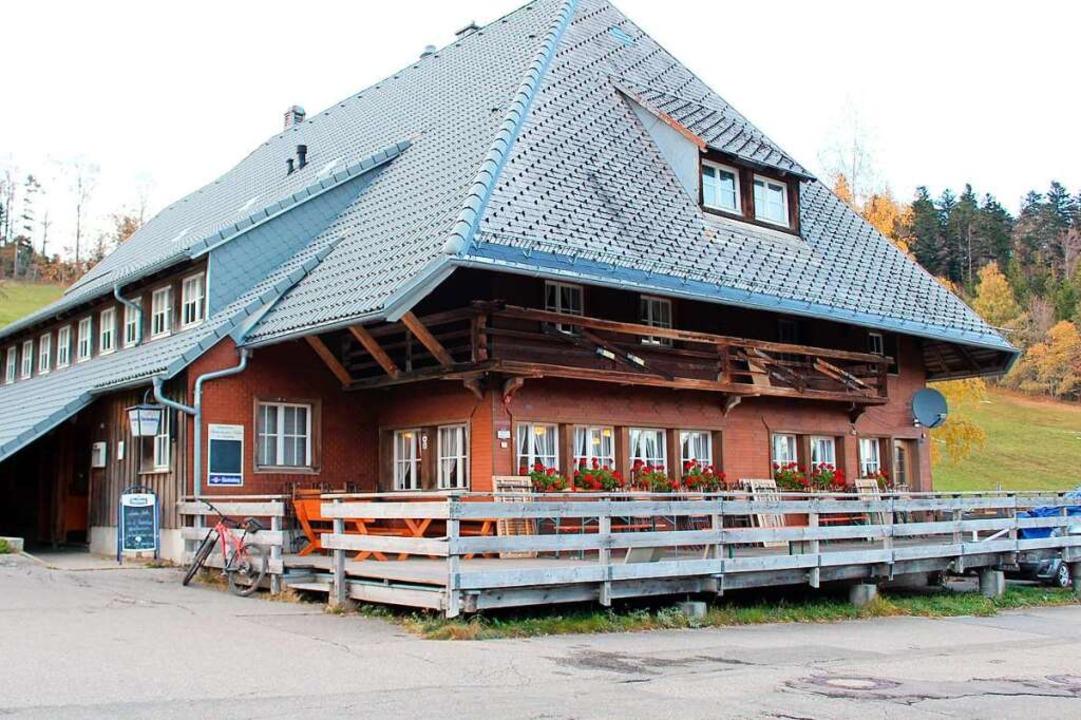 Essen to go – mehr geht derzeit bei der Stollenbacher Hütte (noch) nicht.    Foto: Erich Krieger
