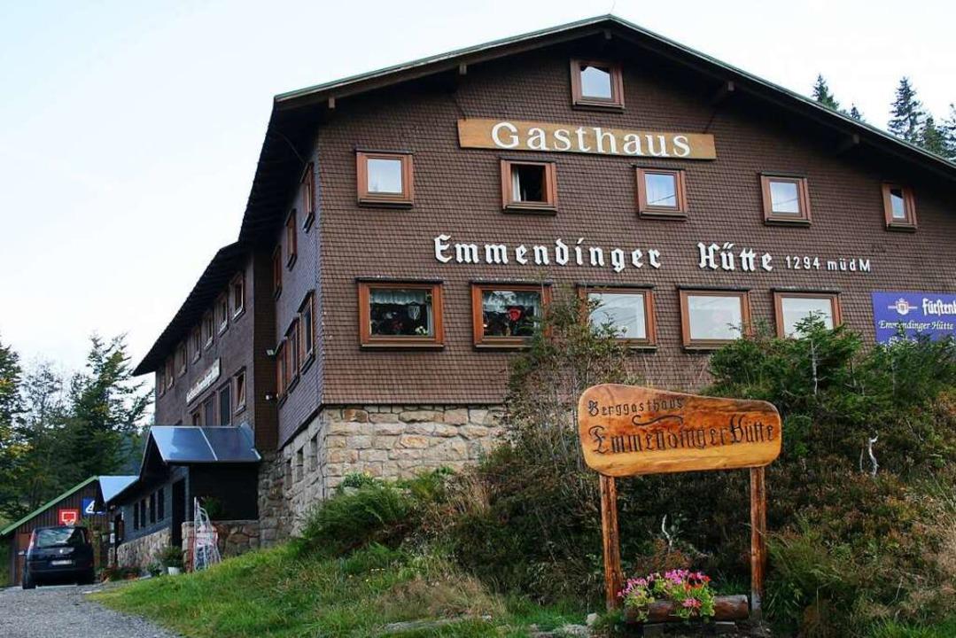 """Die Emmendinger Hütte liegt auf 1294 M... Essen """"to-go"""" im Angebot.    Foto: Friederike Marx"""