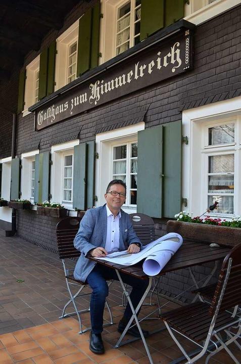 Geschäftsführer Thomas Puchan hat einige Ideen für das Hofgut Himmelreich.  | Foto: Nikola Vogt