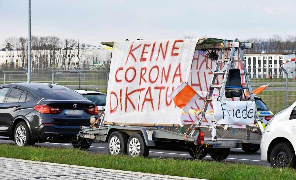 "Für den 1. Mai hatte die Corona-Kritik...22;Stühlinger Park"" angekündigt.  | Foto: Michael Bamberger"