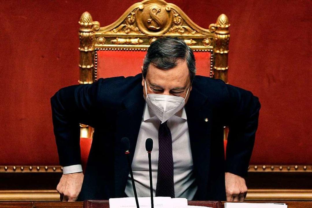 Mario Draghi muss dafür sorgen, dass d...fen an den richtigen Stellen ankommen.  | Foto: GREGORIO BORGIA (AFP)