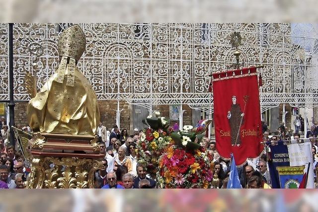 Unbekannte stehlen Erasmus-Reliquie aus Santeramo