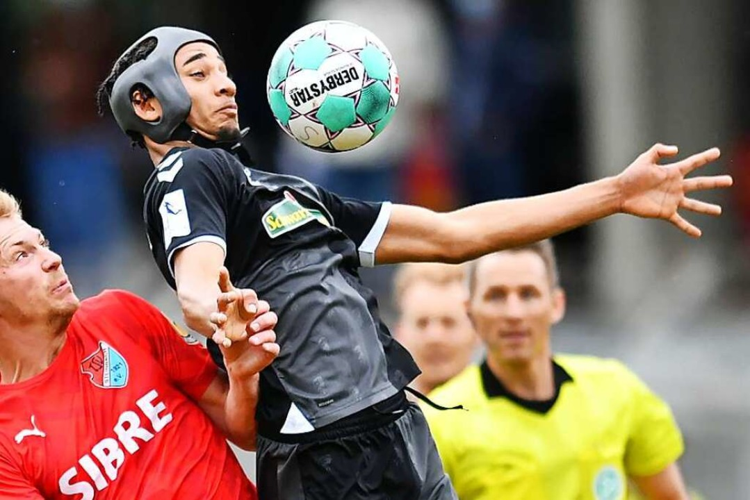 Mit einer starken Einzelleistung marki...für die U23 des SC Freiburg in Gießen.  | Foto: Achim Keller