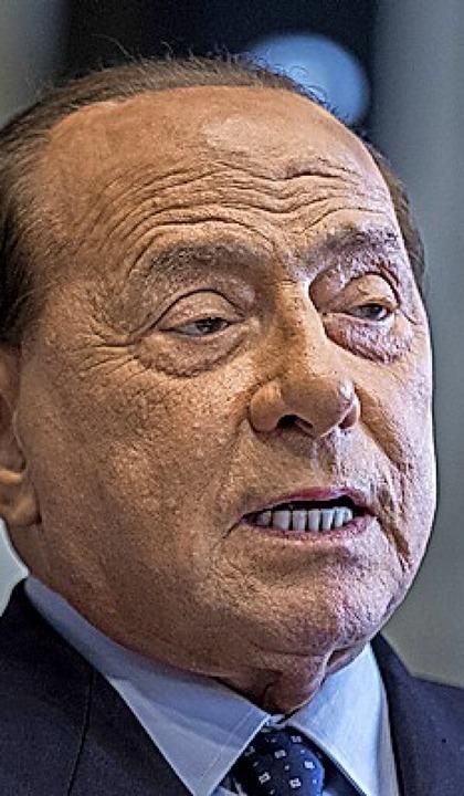 Berlusconi  | Foto: Roberto Monaldo (dpa)