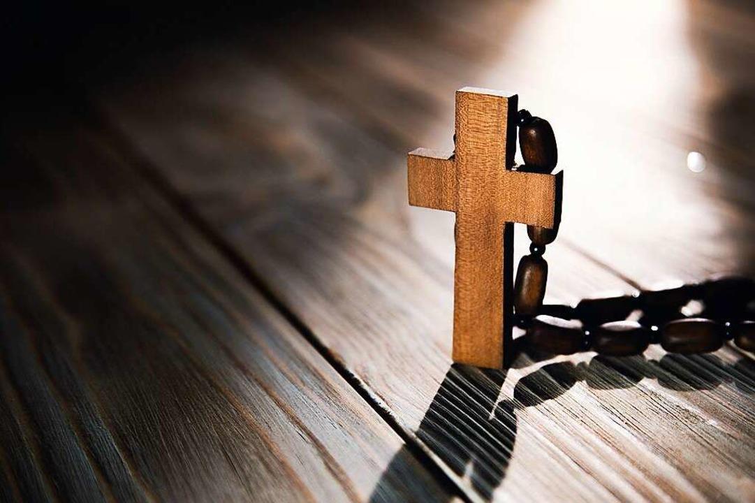 Der Dresdner Bischof glaubt Ellen Adle... nicht. Inzwischen ist Rom involviert.  | Foto: tiko (stock.adobe.com)