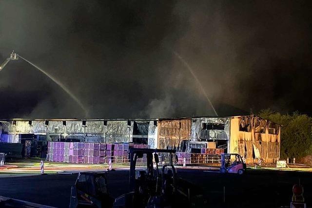Großbrand und Millionenschaden bei Unternehmen in Bruchsal