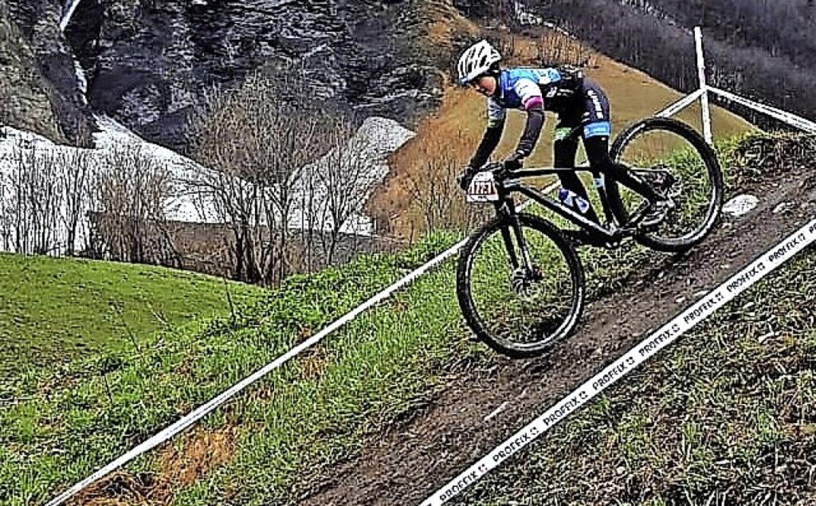 Abwärts: Adina Daubner aus dem Breitna...iss-Cup im schweizerischen Leukerbad.   | Foto: Team