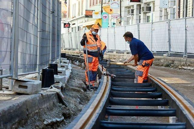 Tram-Bauarbeiten jetzt an beiden Enden von Freiburgs Salzstraße