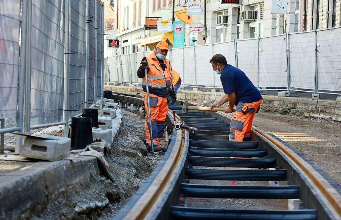 Die Sanierung der Straßenbahngleise in der Salzstraße muss umgeplant werden.  | Foto: Ingo Schneider