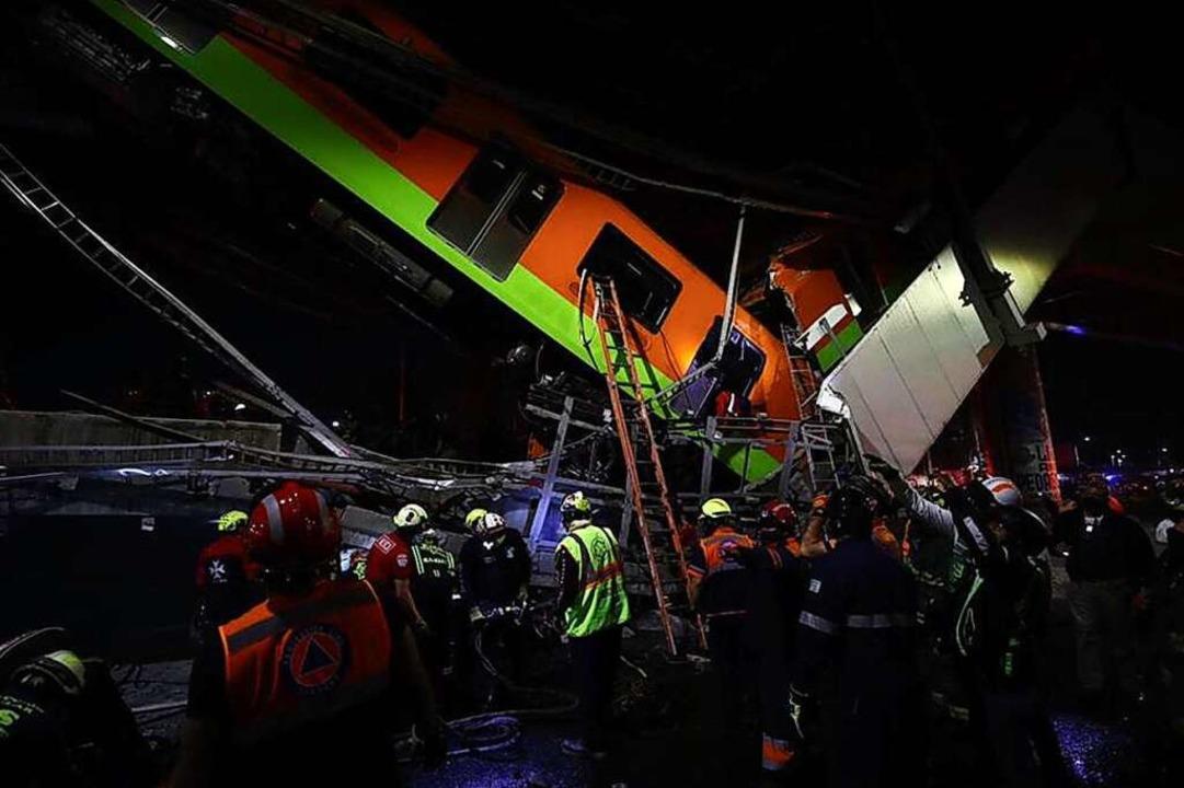 Rettungskräfte am Unfallort  | Foto: El Universal (dpa)