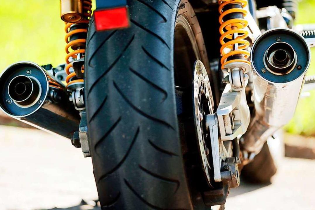 Leise Motorräder gibt es, sind aber be...stimmten Klientel gar nicht gewünscht.  | Foto: Oliver Berg