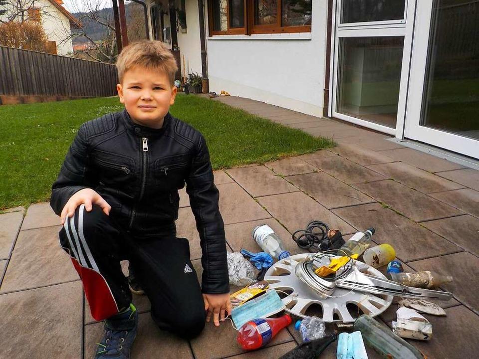 Jonathan und sein Müll-Mandala  | Foto: Privat