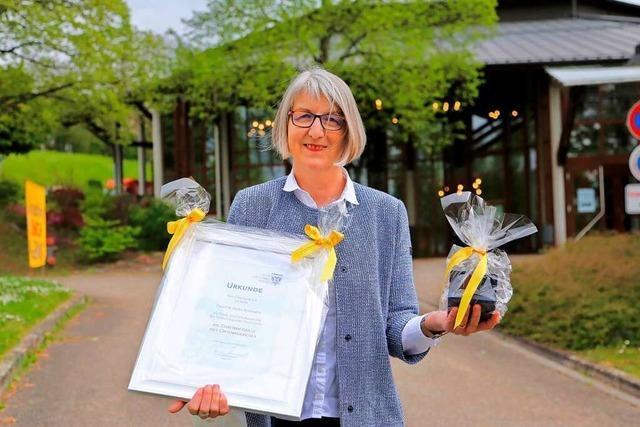 Ehrenmedaille des Kreises für Doris Reinhardt aus Friesenheim