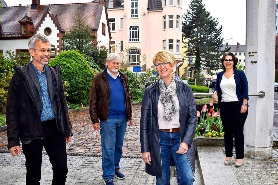 Mitglieder der Freiburger Vereinigung ... Irene Märker und Madeleine Zimmermann  | Foto: Thomas Kunz