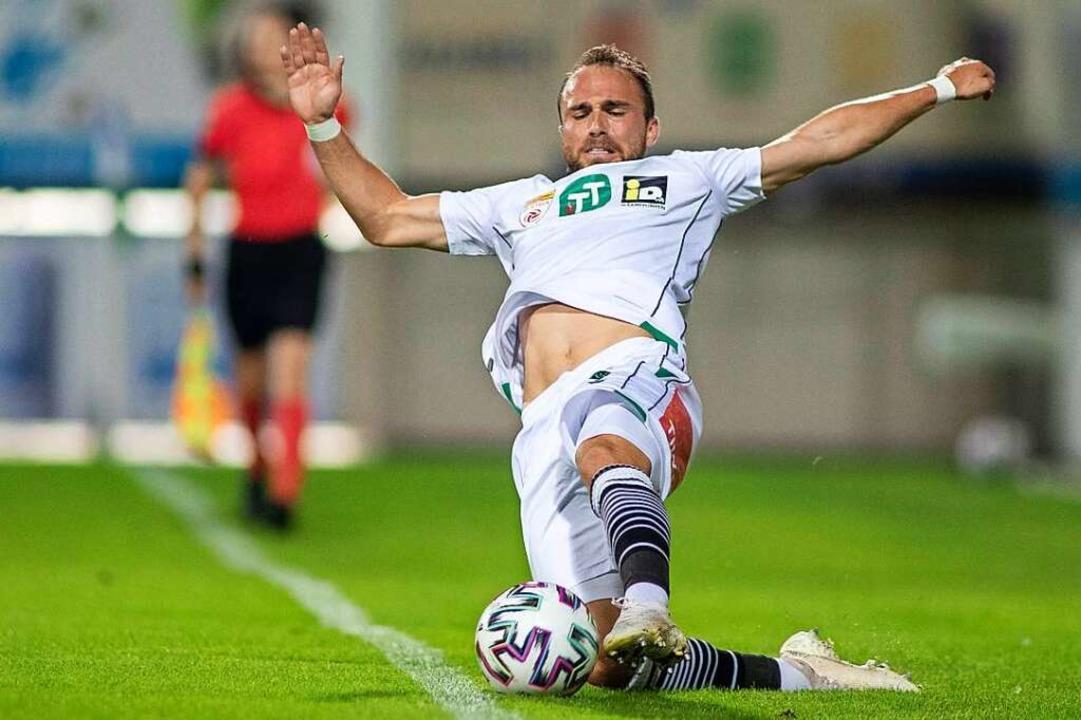 Muss in die Sicherung gehen: Bei Wacke...ielleicht auch bald gegen RB Salzburg.    Foto: GEPA pictures/ Manuel Binder via www.imago-images.de