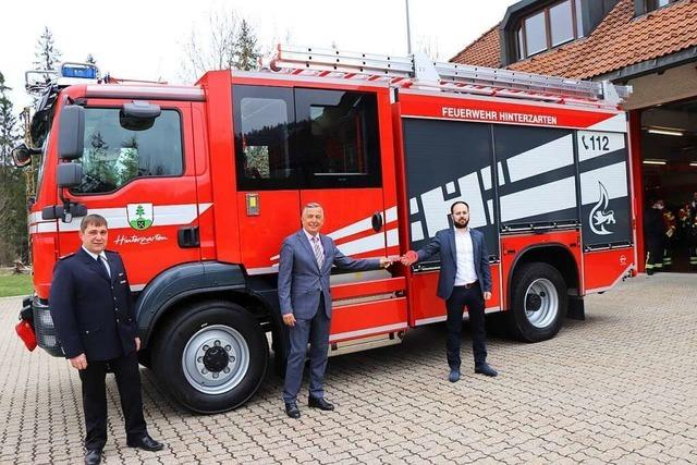 Feuerwehr Hinterzarten setzt ein neues Fahrzeug in Dienst