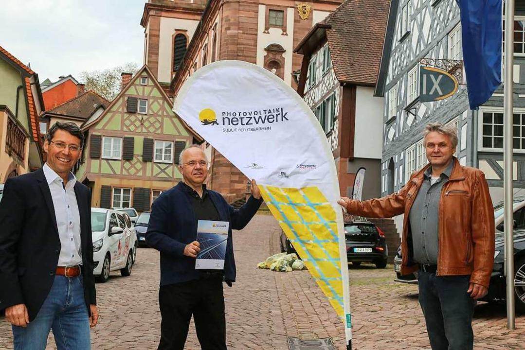 Bruno Metz (von links), Udo Benz und H... die Kampagne der Stadt Ettenheim vor.  | Foto: Sandra Decoux-Kone