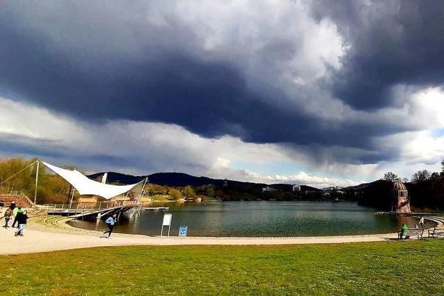 Der April in Freiburg: Start mit Sonne, Ausklang im Regen
