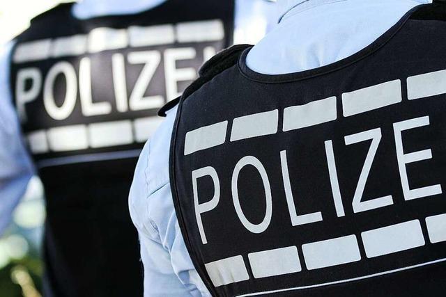 Jemand hat in Bad Bellingen einen LKW aufgebrochen und einen Geldbeutel gestohlen