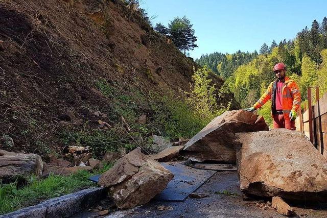 Die Felssicherung zwischen Wieslet und Niedertegernau steht vor dem Abschluss